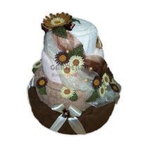 Textilní čtyřpatrový dort z ručníků a osušek